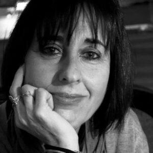 Ana Cristina Silva, foto retirada do Jornal de Letras em https://visao.sapo.pt/jornaldeletras/2016-05-27-Ana-Cristina-Silva-Uma-historia-romena/